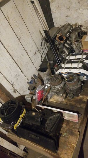Bunch of honda/acura parts for Sale in Newport, RI