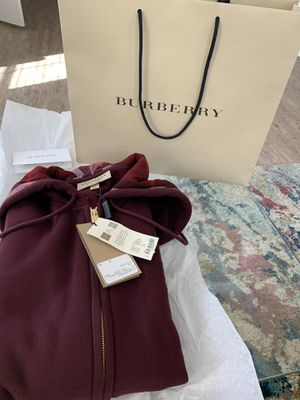 Brand new Size Medium Burberry Cotton Hoodie with Hoodie Print! for Sale in Tampa, FL