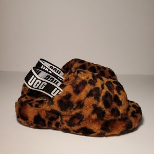 Ugg fluffy leopard print for Sale in Miramar, FL