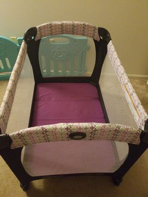 Pack 'n Play Playard Reversible Napper & Changer, Graco, Nyssa, purple for Sale in Spring City, PA