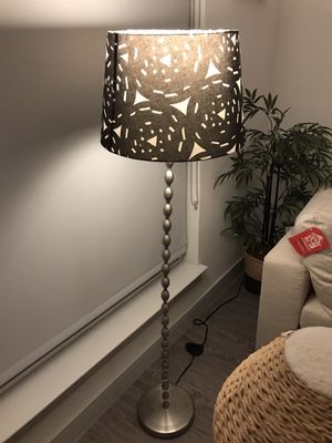 Living room lamp floor lamp with warm lighting for Sale in Irvine, CA