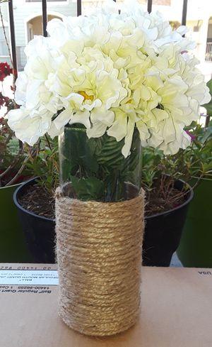 Farmhouse handmade rope vase with flower arrangement for Sale in San Antonio, TX