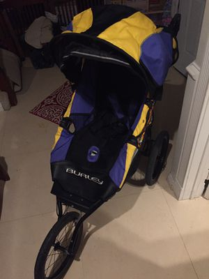 Burley stroller, walker for Sale in Lake Forest, CA