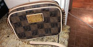 Michael kors handbag for Sale in West Hartford, CT