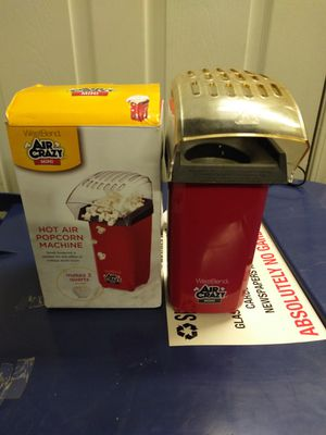 Westbend air crazy mini hot air popcorn machine for Sale in Binghamton, NY