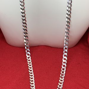 Plata/ Unisex/Curb Link/ 925 Sterling Silver Chain / 26 Inches/ 5.5 mm for Sale in Whittier, CA