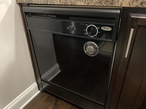 Whirlpool dishwasher good condition for Sale in Bellevue, TN