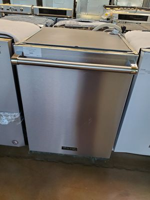Viking Stainless Steel Dishwasher for Sale in Corona, CA