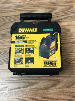 DeWalt 165 ft. Green Self-Leveling Cross Line Laser Level with (3) AAA Batteries & Case for Sale in Portland,  OR