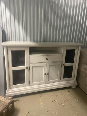 Beautiful Buffet with Lots of storage for Sale in Pittsburgh, PA