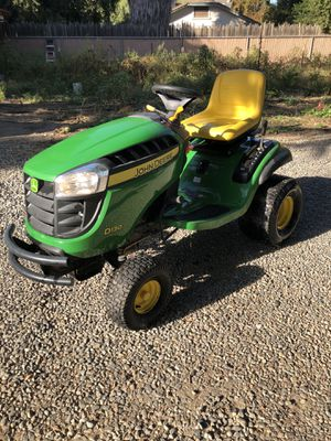 John deer tractor works fine hardly used best offer takes it for Sale in Fresno, CA