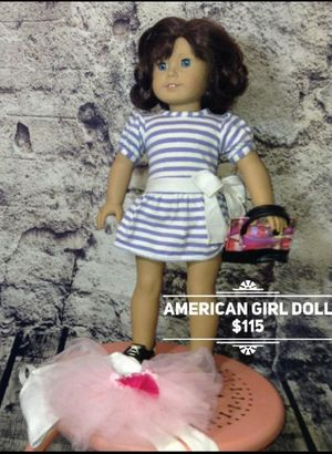 EUC American Girl Doll Lindsey with Additional outfit for Sale in Grand Prairie, TX