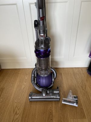 Dyson Ball DC25 Animal for Sale in Chicago, IL