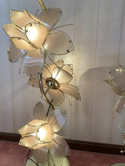 Two Vintage Lotus Floor Lamps for Sale in Washington,  PA