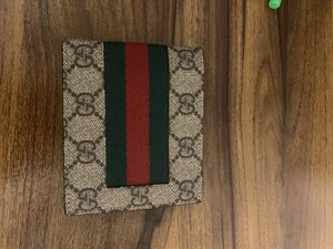 Gucci wallet - never used for Sale in Denver, CO