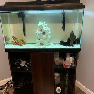 36 Gallon Fish Tank for Sale in New Brunswick, NJ