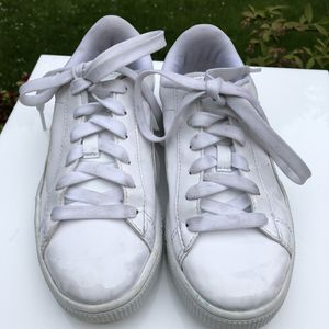 Puma Shoes. Leather Top White. Girls Size 3 for Sale in Kirkland, WA