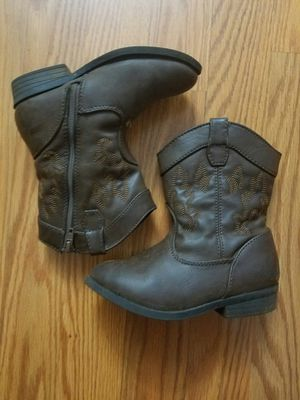 Toddler girl boots size 9 for Sale in Garner, NC