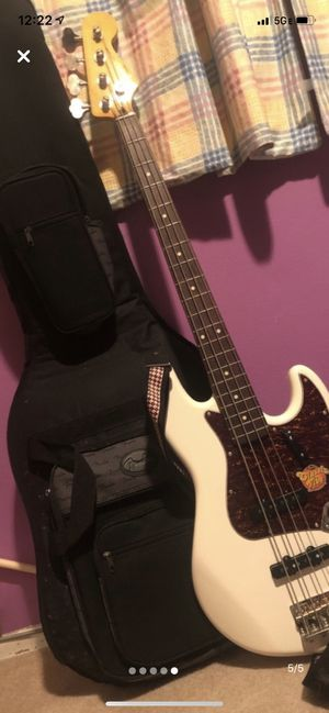 Fender jazz bass guitar for Sale in Portland, OR