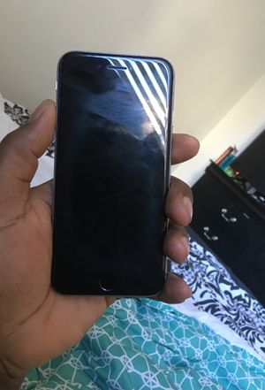 6s locked but can be use for parts for Sale in St. Louis, MO