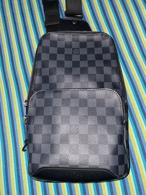 Louis Vuitton Crossbody Bag for Sale in Detroit, MI