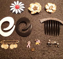 Vintage Pins and Brooches Lot for Sale in Land O Lakes,  FL