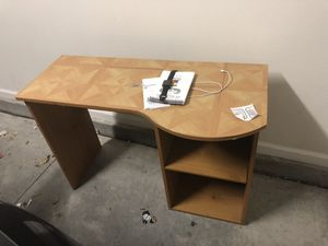 Kids desk for Sale in Fort Bliss, TX