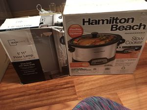 Hamilton beach slow cooker and mainstays lamp for Sale in Dallas, TX