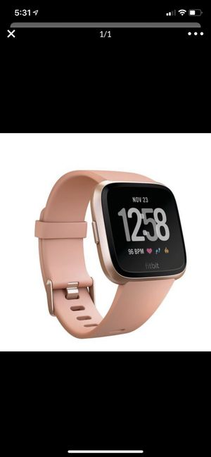 Used twice Fitbit Versa for Sale in Coon Rapids, MN