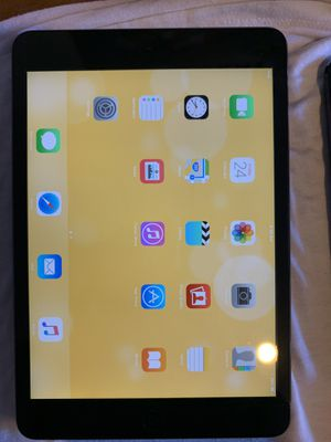 iPad mini excellent condition first generation 16gb for Sale in Mission Viejo, CA