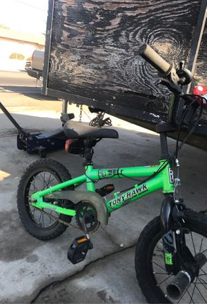Lil kids bike 10 flat tires for Sale in Fresno, CA