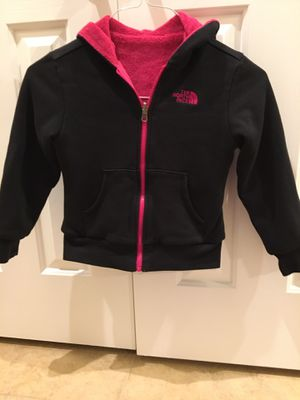 The North Face Girls Small 7/8 Reversible Fleece Jacket w/ Hoodie for Sale in Mesa, AZ