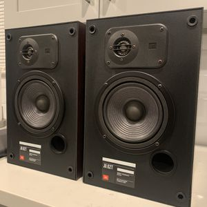 JBL 62T Pair Of Bookshelf Speakers for Sale in La Puente, CA