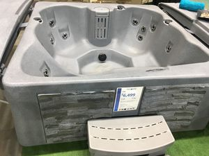 Tuff Spa brand hot tub. for Sale in Fort Worth, TX