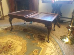 Antique Sofa Cofee Table for Sale in Sunbury, OH