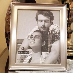 """Malden Picture Frame 8"""" x 10"""" for Sale in South Gate, CA"""