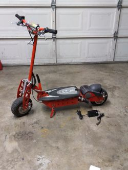 Electric Xtreme Sccoot 36v for Sale in Spanaway,  WA