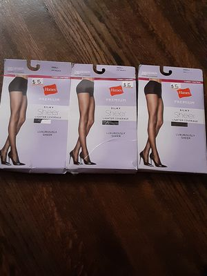 Hanes premium Tummy control Pantyhose for Sale in Chicago, IL