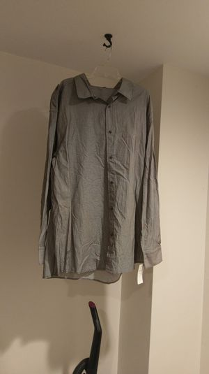 Rocawear dress shirt for Sale in Dover, DE