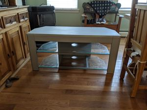 TV stand for 50 inch tv for Sale in Killingly, CT