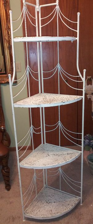 Corner Etagere - Heavy & Sturdy for Sale in Sheffield Lake, OH