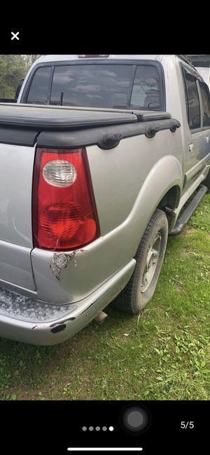 2004 Ford Explorer sport trac for Sale in Shelbyville, TN