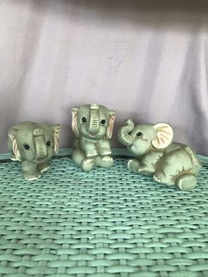 Adorable vintage homco playful baby elephant trio for Sale in Fresno, CA