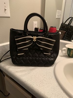 betsy johnson black purse for Sale in Fort Worth, TX
