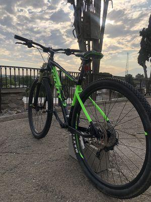 Giant fathom mountain bike for Sale in Colton, CA