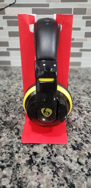Brand New in Box Wireless High Quality Overhead Bluetooth Stereo Extra Bass Headset Headphones Like Beats Compatible with any bluetooth device. for Sale in East Orange, NJ