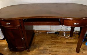 Computer desk for Sale in Brooklyn, NY