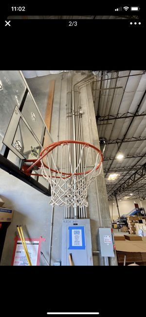Outdoor basketball hoop (located in poway) for Sale in Spring Valley, CA