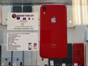 Unlocked Red iPhone XR 64gb for Sale in Melbourne, FL