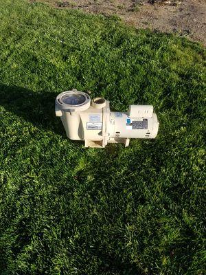 1 hp whisper flow pool pump for Sale in Yucaipa, CA